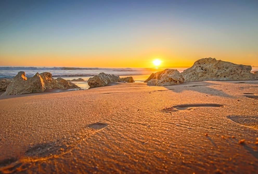 voeten strand